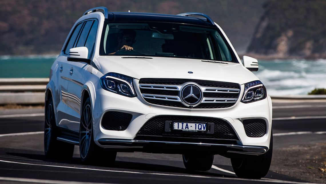 Mercedes-Benz-GLS-500-2016-(5)