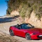 Mazda MX 5 2015 có dáng vẻ năng động, hiệu suất cao và chi phí vận hành thấp