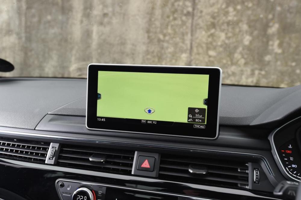 xe Audi A4 Avant 2016 (6)