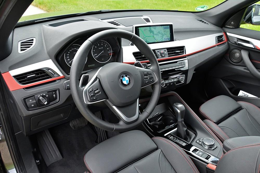 xe BMW X1 2016 (1)