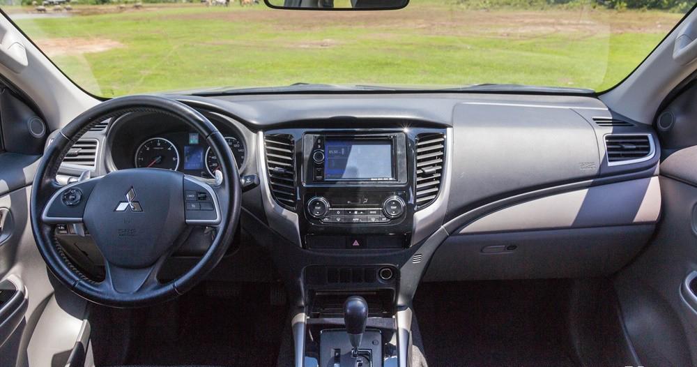 xe Mitsubishi Triton 2016 (11)