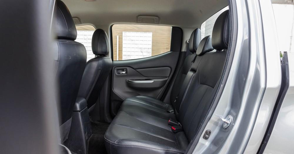 xe Mitsubishi Triton 2016 (2)